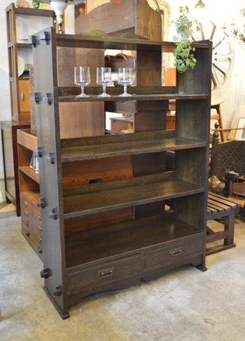 book_shelf1.jpg